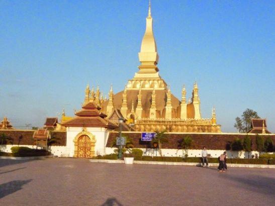 Pha Tat Luang, Vientiane